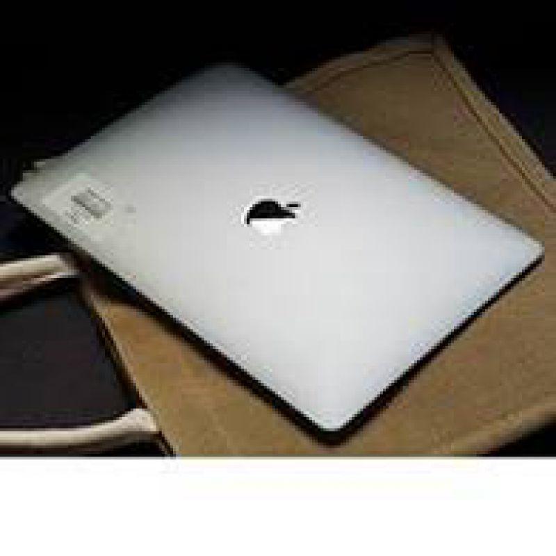 Laptop Apple Macbook Air MVH22